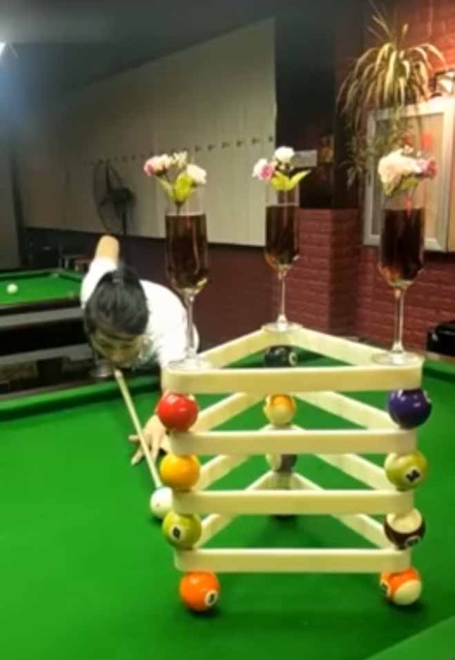 Amazing pool trick shots from china - Awesome swimming pool trick shots ...