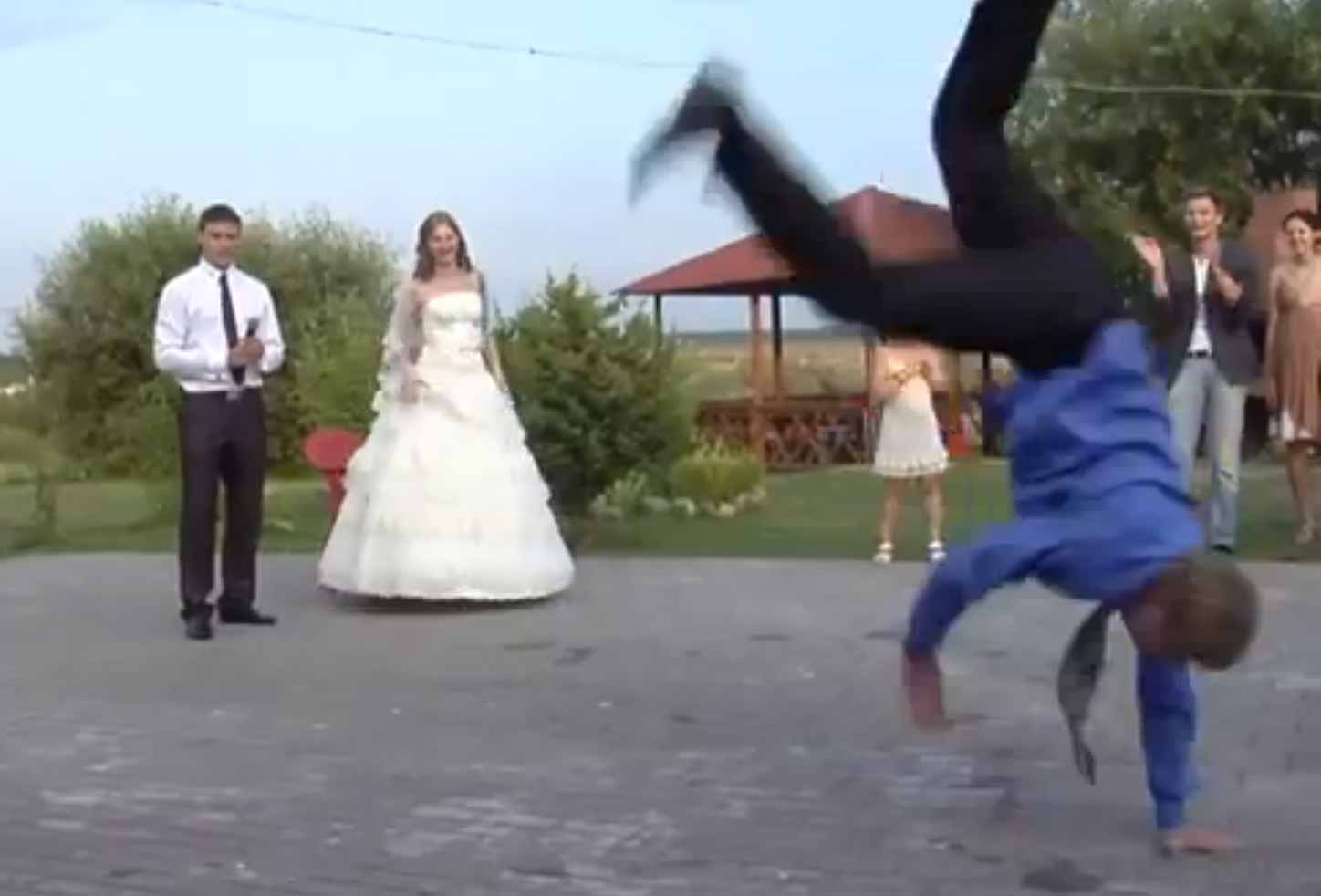 Wedding Couples Dirty Dancing Goes Viral Video - ABC News
