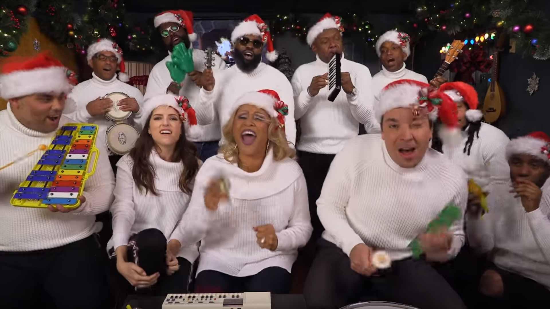Darlene Love And Anna Kendrick Spread Christmas Cheer With Jimmy Fallon