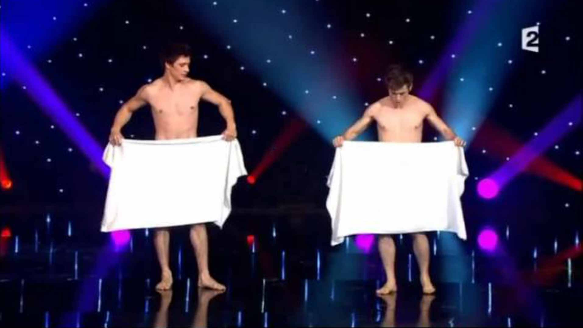 'Towel Dance' - Comedy Act By Les Beaux Freres
